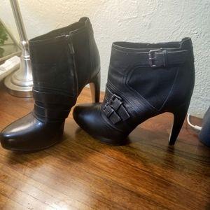 Sam Edelman Black Booties WOMENS SZ 10M Ankle Heel